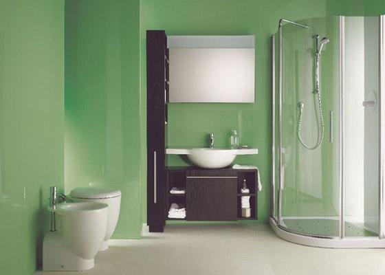 Come arredare il bagno quando lo spazio ridotto for Termoarredo bagno piccolo