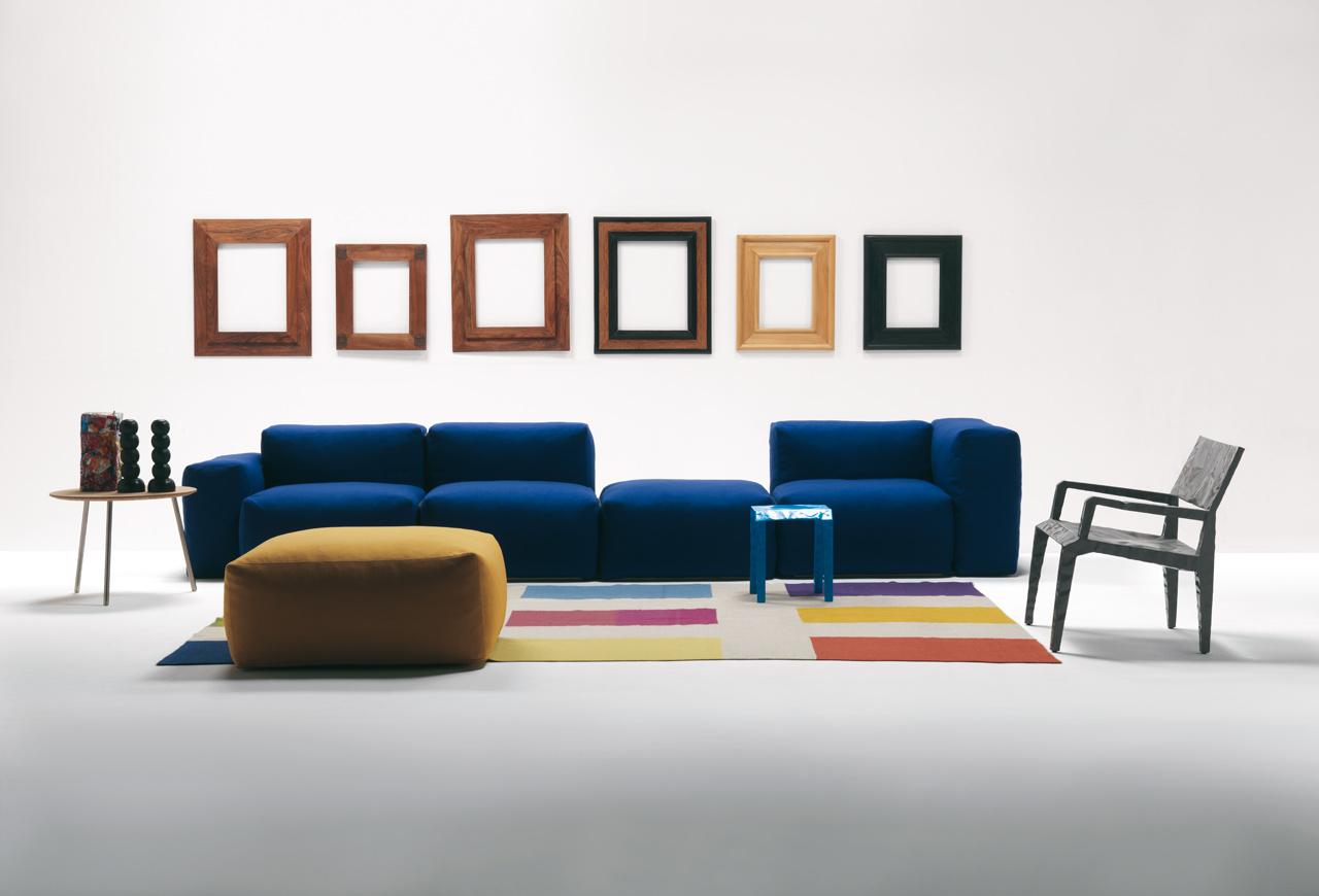 Il divano come simbolo del cambiamento storico