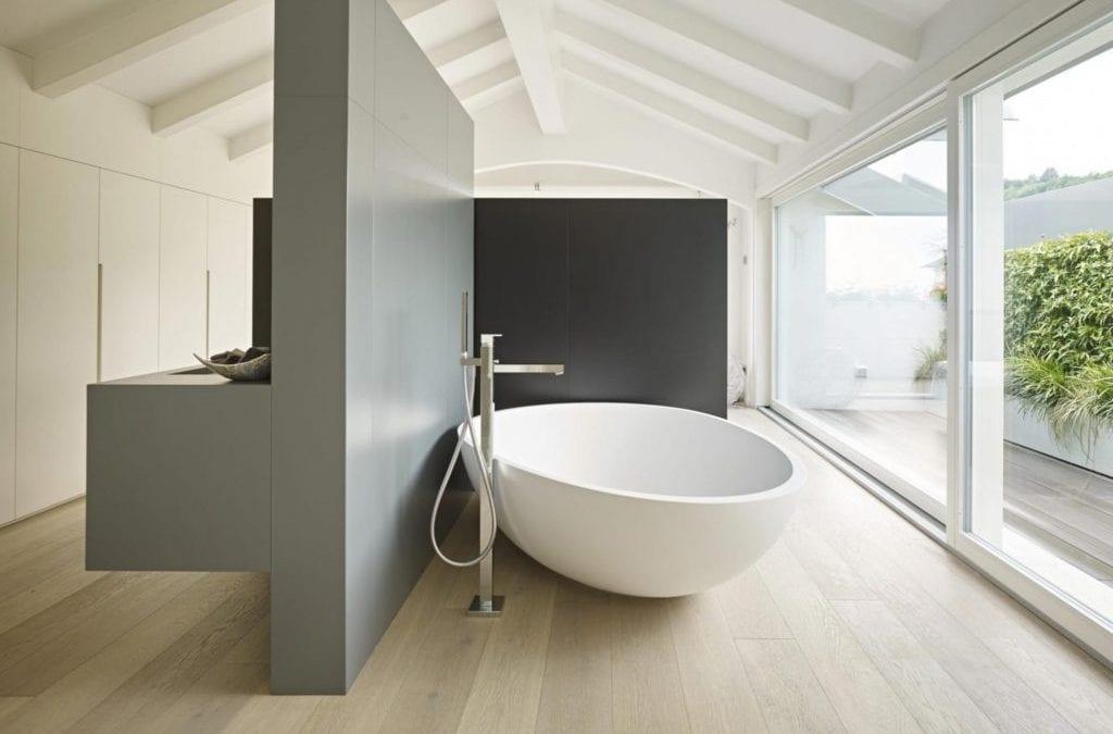 Il parquet in bagno tutti i motivi per cui sceglierlo - Parquet nel bagno ...