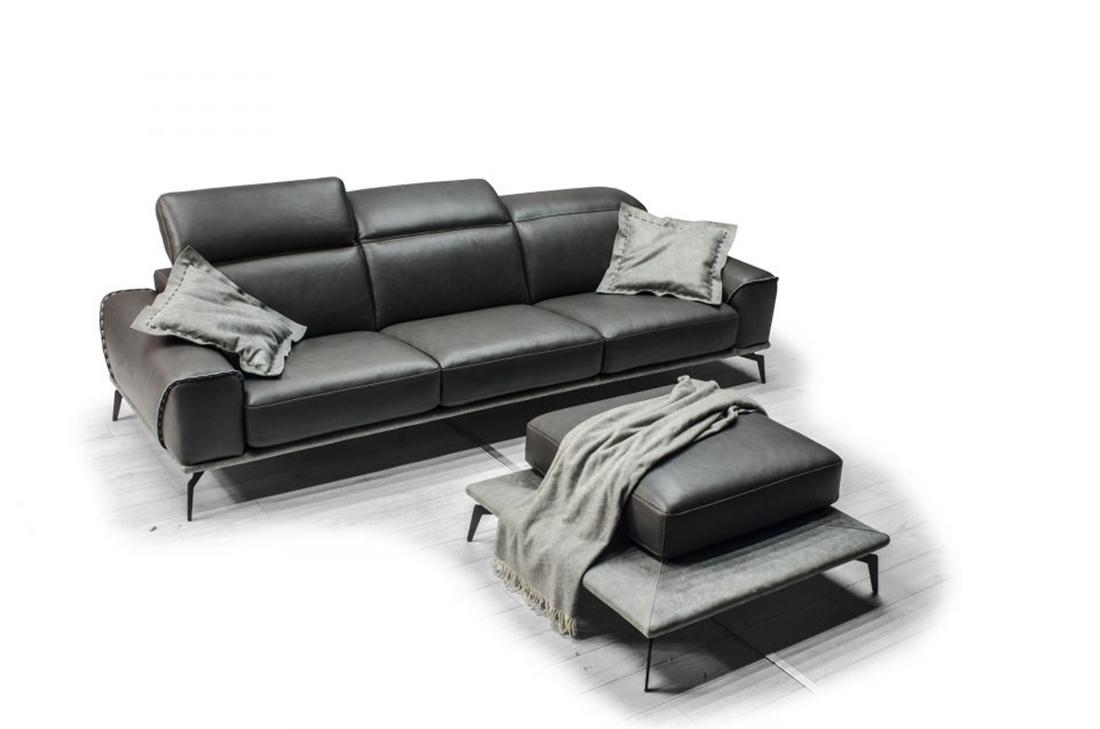 L'eleganza della pelle per il divano
