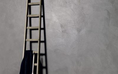 Cemento e resina. Il rivestimento giusto per tutti gli ambienti della casa.
